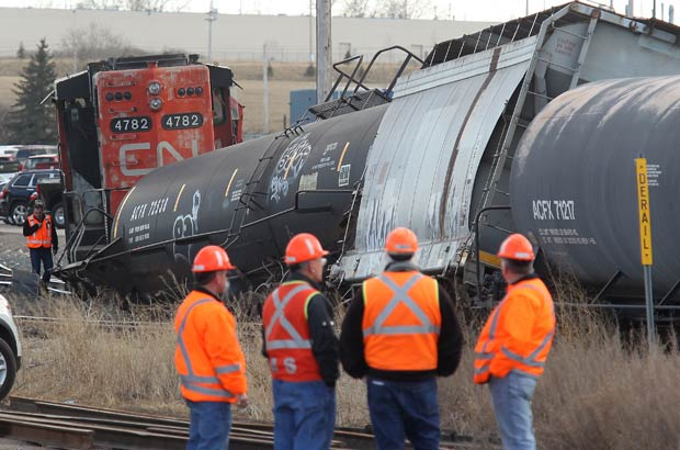 railroaded-cn-derailment-mar-20-2012-calgary-photo